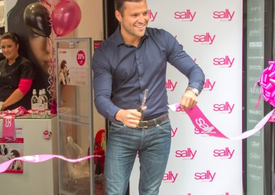 sally-salon-services-store-opening-event-photography-leeds-mark-wright-towie